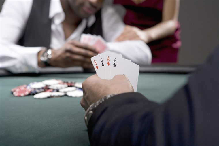 Understand and Classify Sit and Go Opponents